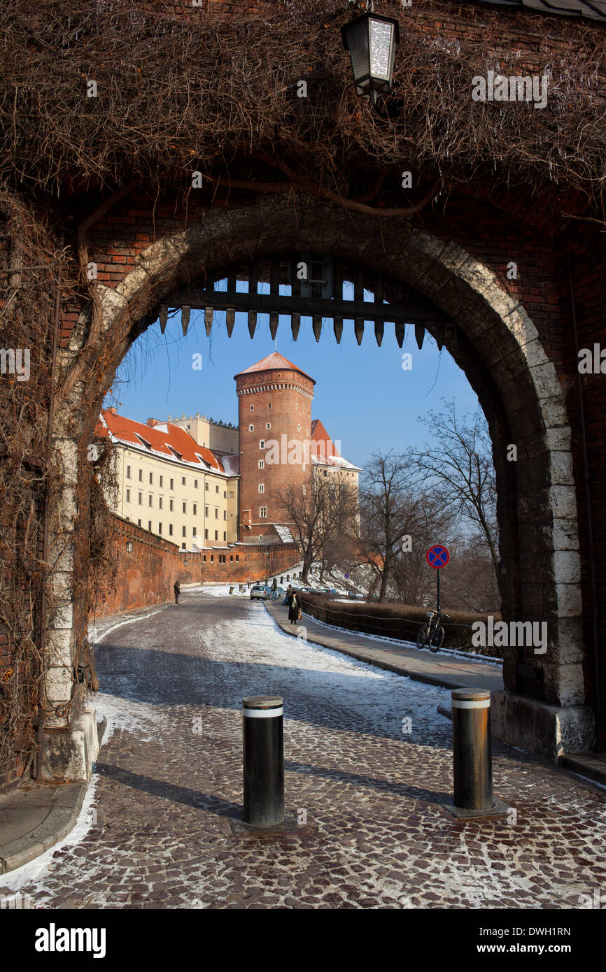 Portcullis at the south gate of the Royal Castle on Wawel Hill in the city of Krakow in Poland - Stock Image