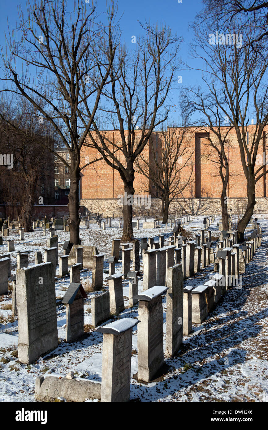 The old Jewish Remu'h cemetery in the Kazimierz district in the city of Krakow in Poland - Stock Image