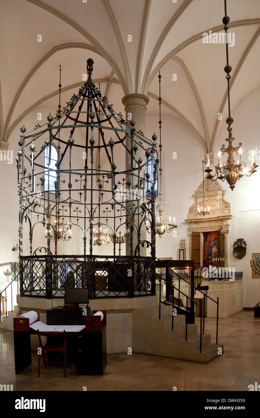Interior of the old Remu'h Synagogue in Steroka street in the Kazimierz district of the city of Krakow in Poland - Stock Image