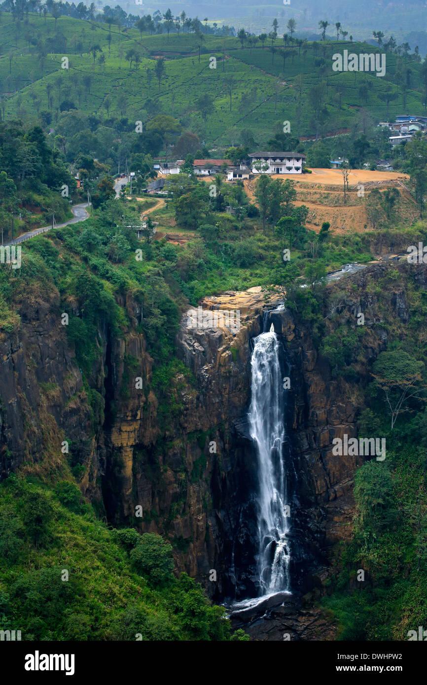 The impressive Devon Falls near Talawakele in Sri Lanka Stock Photo