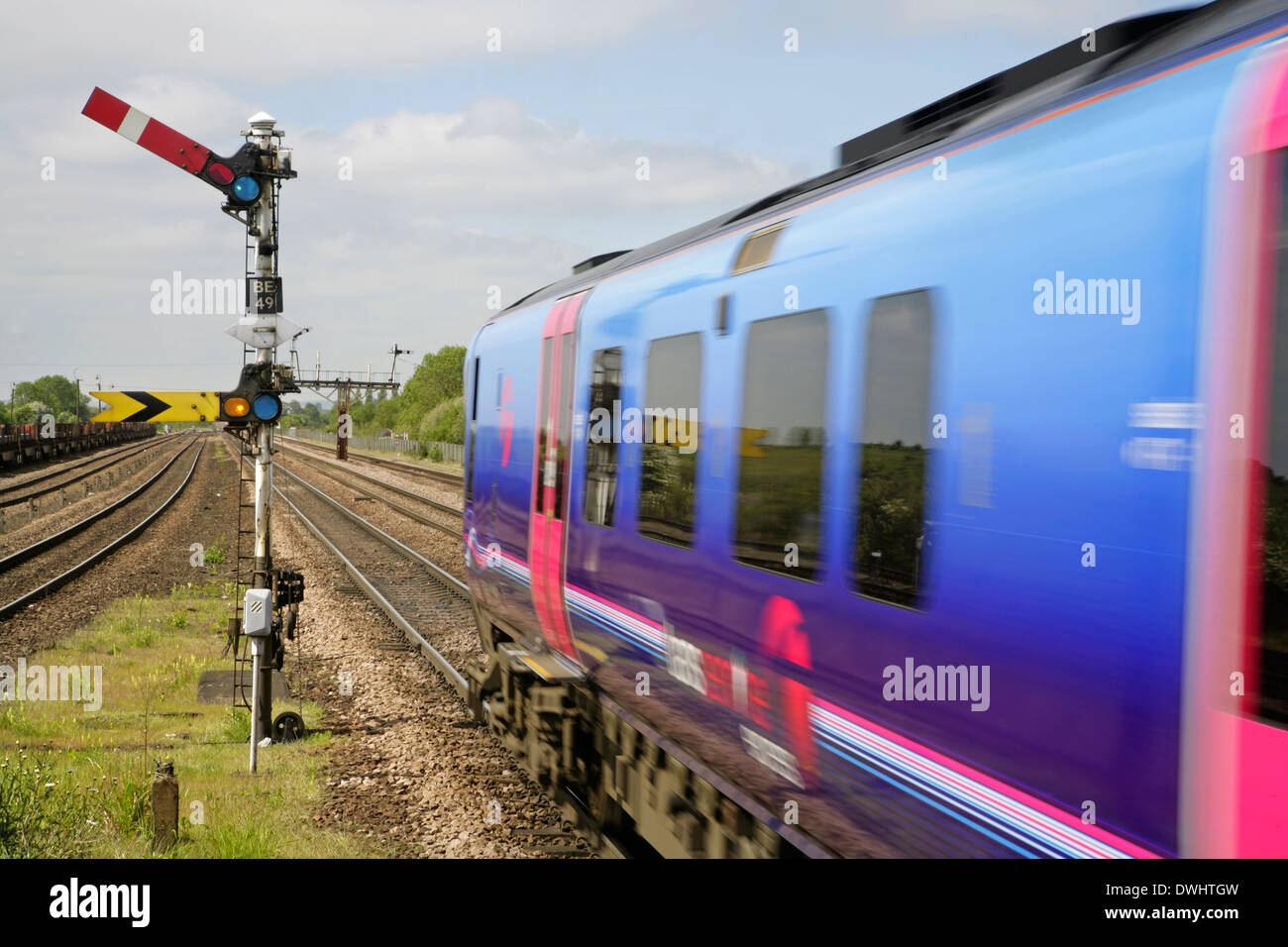 First Transpennine Trains Class 185 diesel multiple unit train leaving Barnetby railway station. Stock Photo