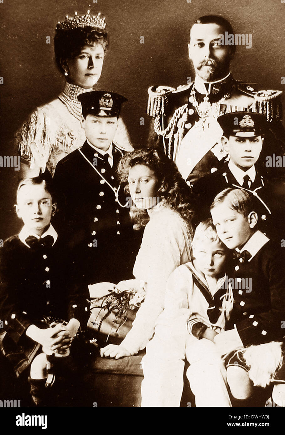 King George V Queen Mary and their children early 1900s - Stock Image