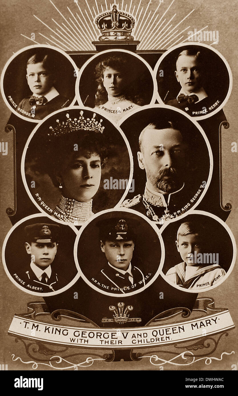 King George V Queen Mary and their children - Stock Image