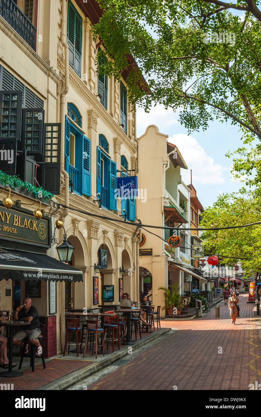 Boat Quay, Singapore, showing Harry's Bar - Stock Image