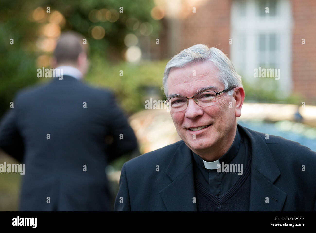 Muenster, Germany. 10th Mar, 2014. Suffragan Thomas Loehr arrives for the spring plenary meeting of the German Bishops' Conference as representative of the suspended Limburg bishop Tebartz-van Elst in Muenster, Germany, 10 March 2014. The meeting takes palce until 13 March 2014. Photo: ROLF VENNENBERND/dpa/Alamy Live News - Stock Image