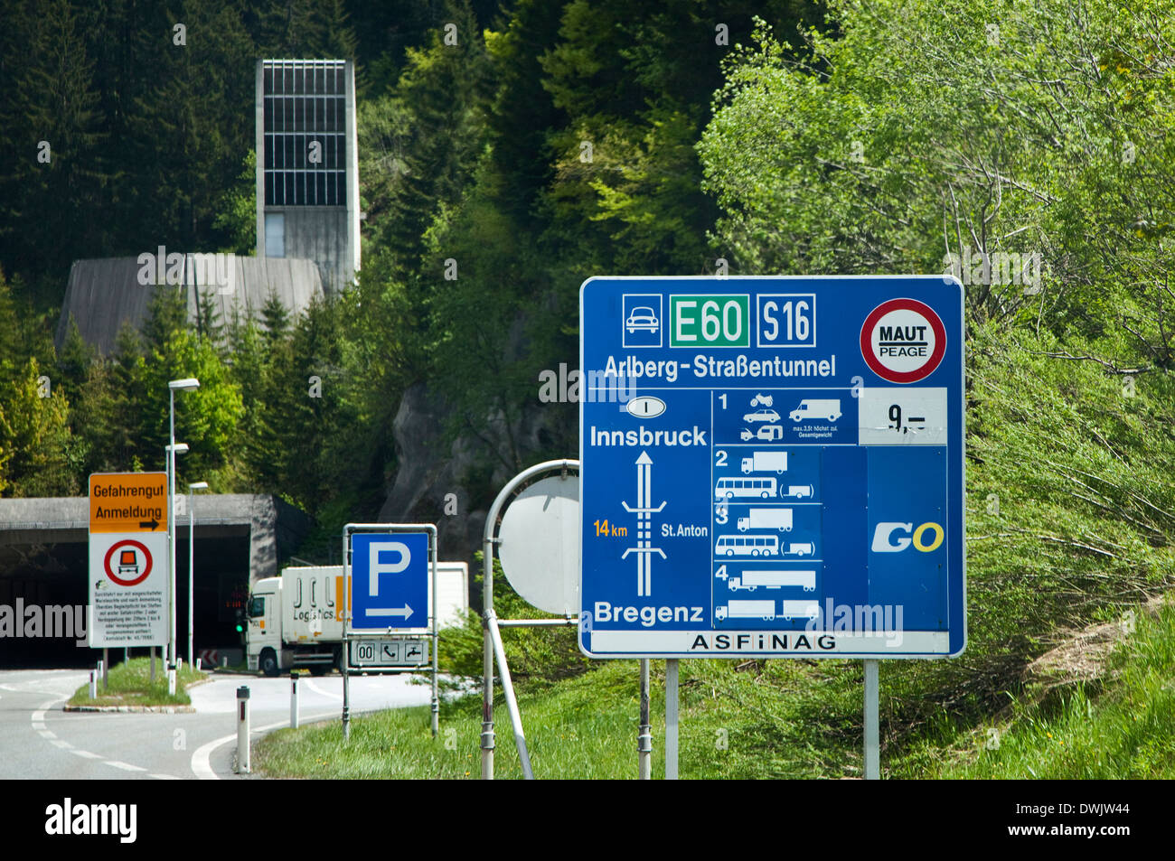 Sign and Entrance to the Arlberg Road Tunnel, Austria - Stock Image