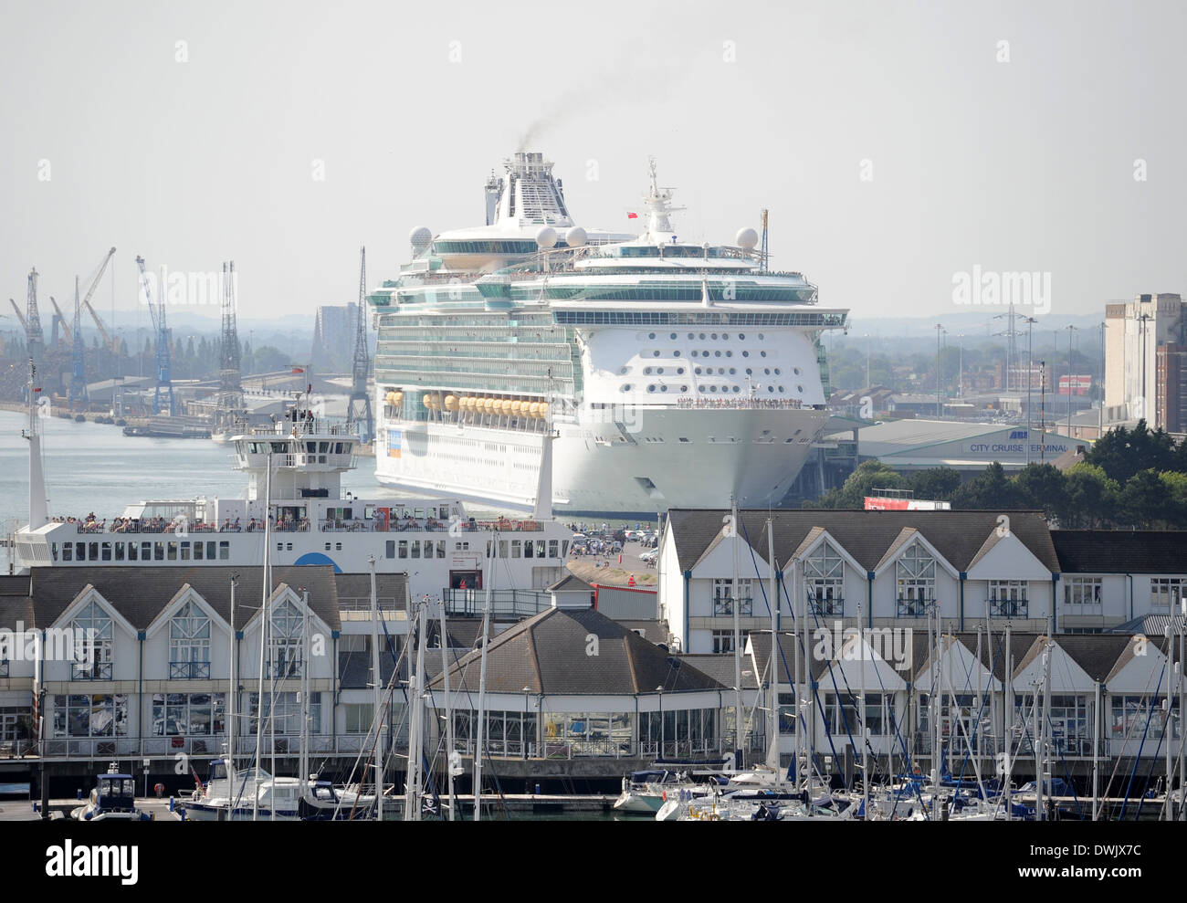 The Independence of the Seas cruise ship at Southampton. - Stock Image