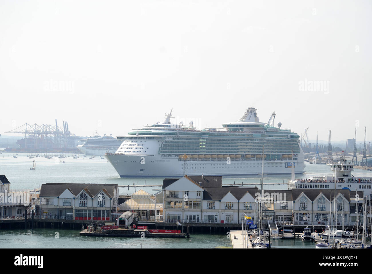 Royal Caribbean's Independence of the Seas cruise ship at sea. - Stock Image
