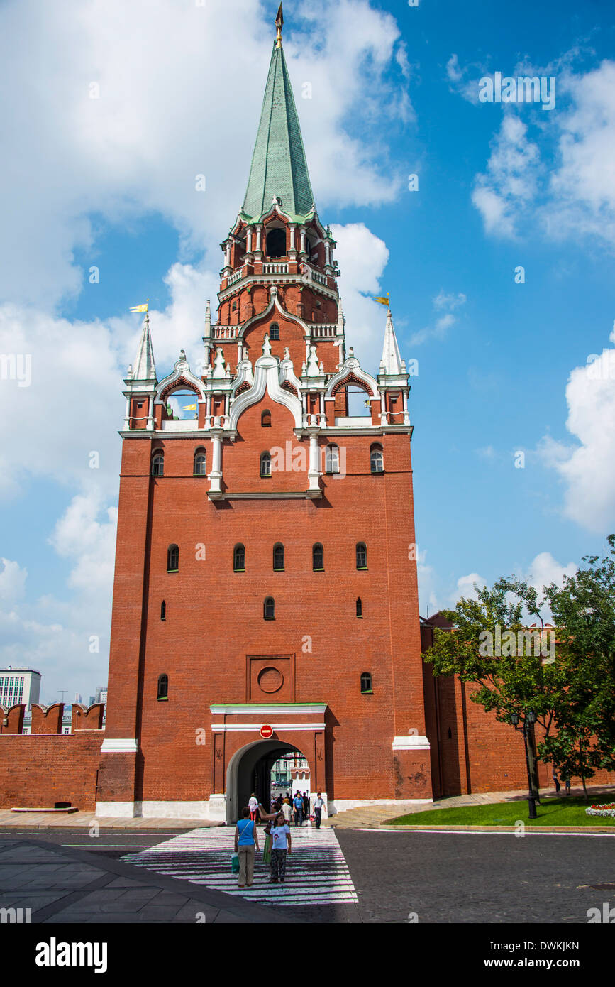 Trinitiy Gate tower in the Kremlin, UNESCO World Heritage Site, Moscow, Russia, Europe - Stock Image