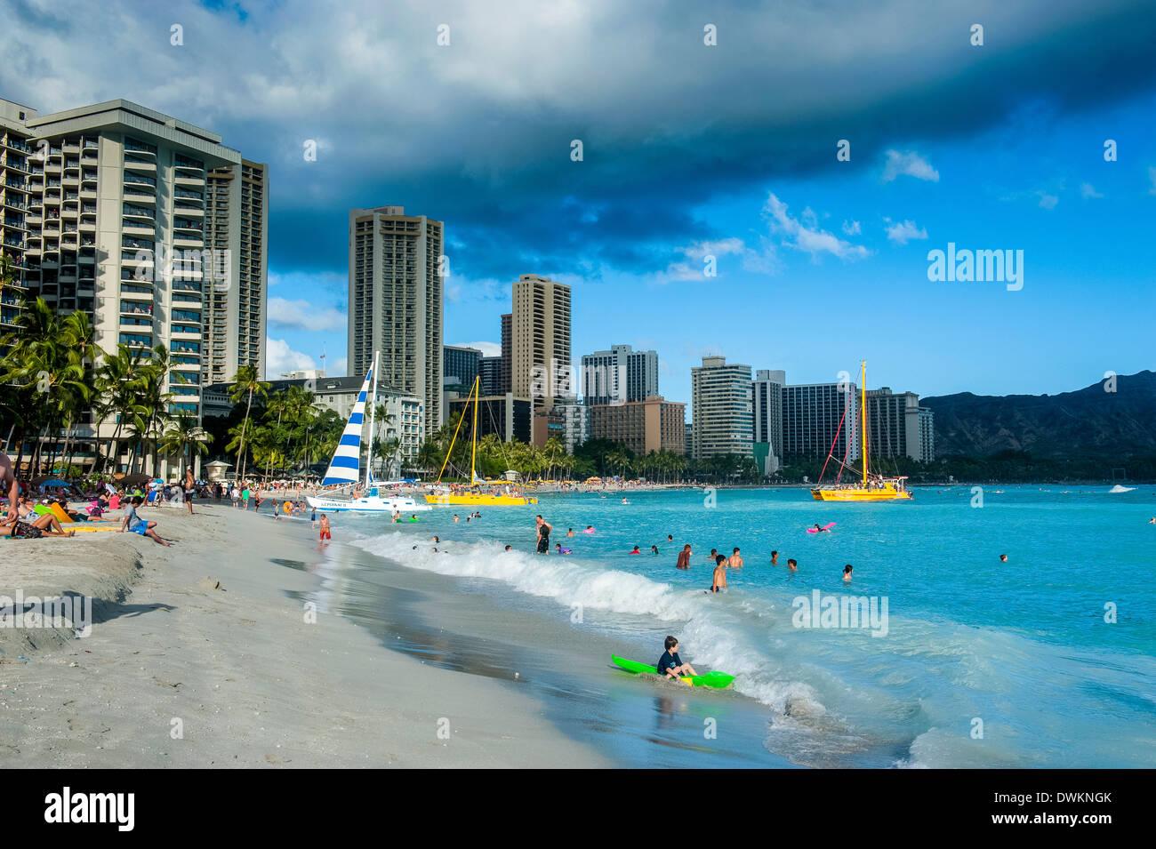 High rise hotels on Waikiki Beach, Oahu, Hawaii, United States of America, Pacific - Stock Image