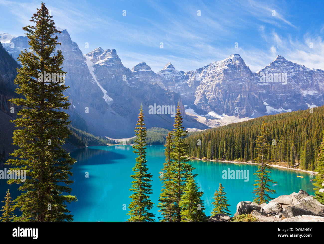 Moraine Lake in the Valley of the Ten Peaks, Banff National Park, UNESCO World Heritage Site, Alberta, Canadian Rockies, Canada - Stock Image