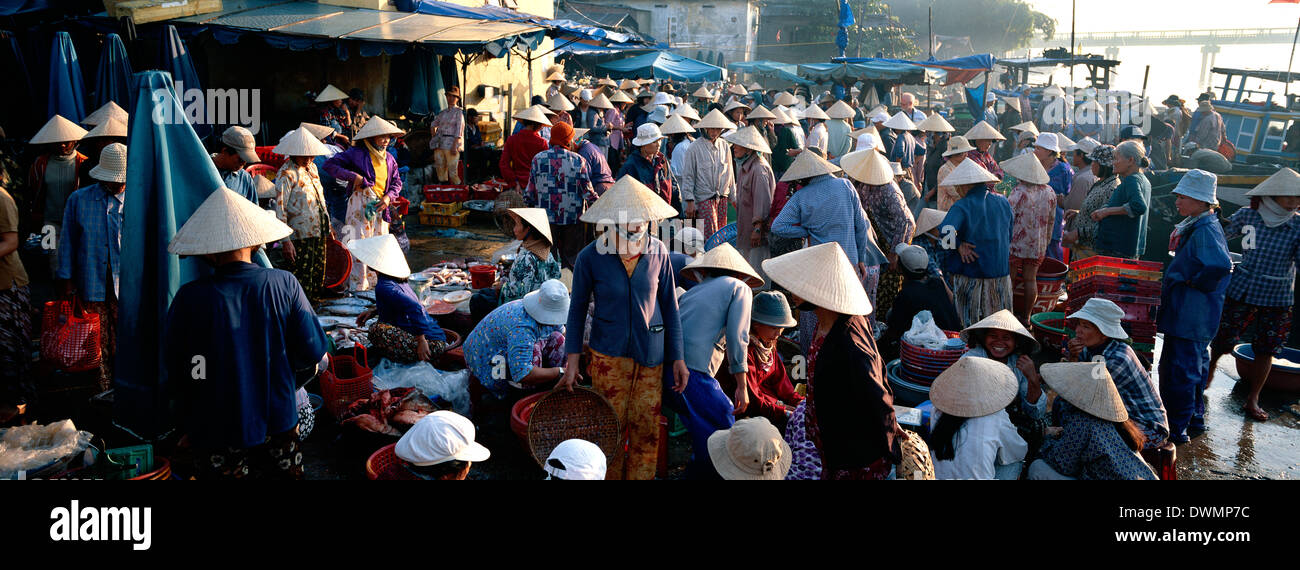 The market, Hoi Han (Hoi An), Vietnam, Indochina, Southeast Asia, Asia - Stock Image