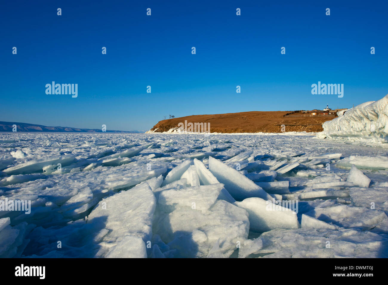 Maloe More (Little Sea), frozen lake during winter, Olkhon island, Lake Baikal, UNESCO Site, Irkutsk Oblast, Siberia, Russia - Stock Image