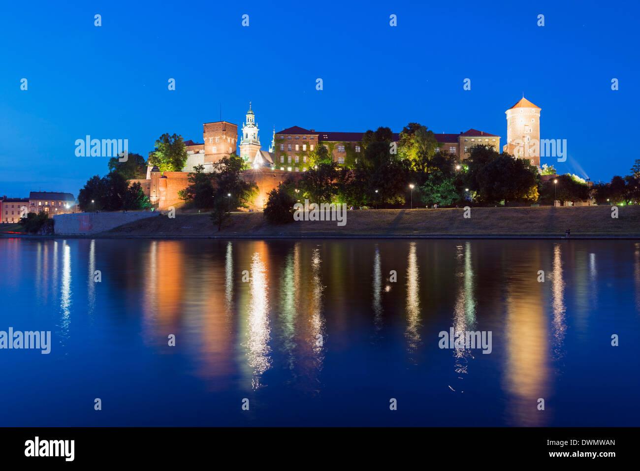 Wawel Hill Castle and Cathedral, Vistula River, UNESCO World Heritage Site, Krakow, Malopolska, Poland, Europe - Stock Image