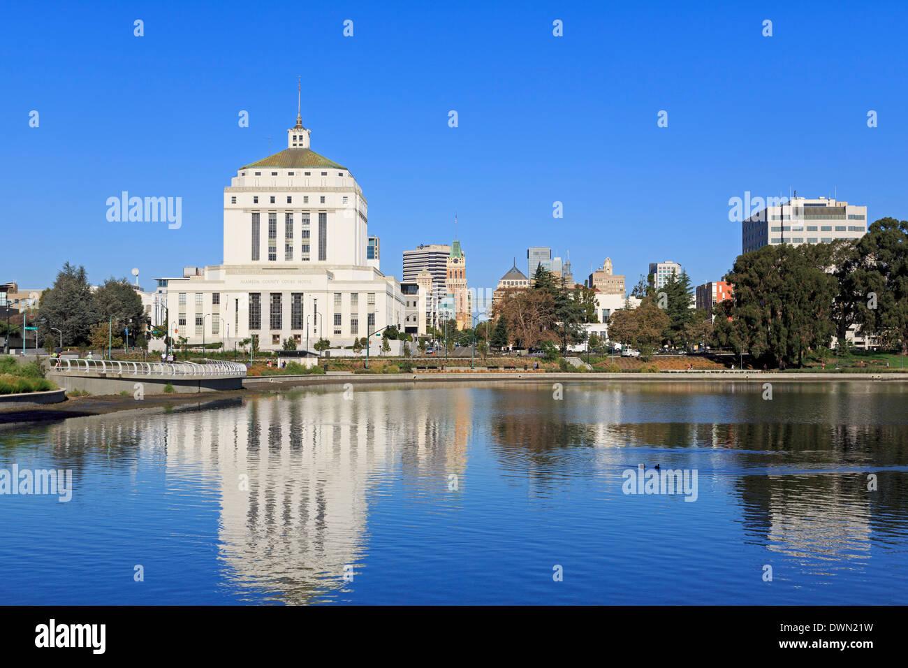 Alameda County Court House and Lake Merritt, Oakland, California, United States of America, North America - Stock Image
