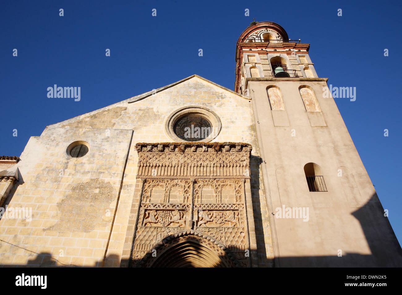 The 14th century Gothic-Mudejar church of Nuestra Senora de la O, Sanlucar de Barrameda, Andalucia, Spain, Europe - Stock Image