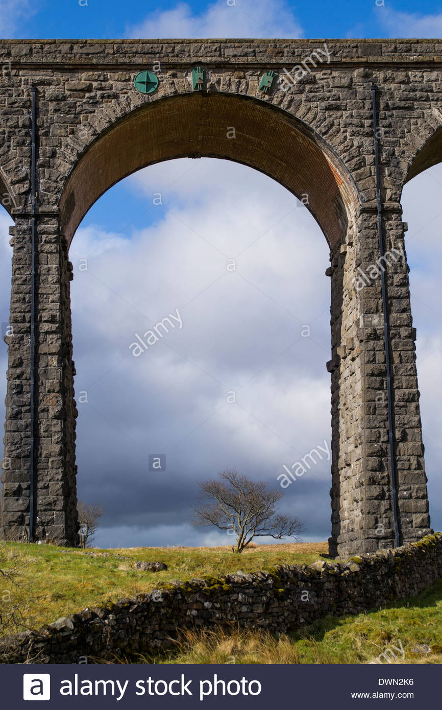 Arch on the Ribblehead Viaduct near Settle, Yorkshire - Stock Image