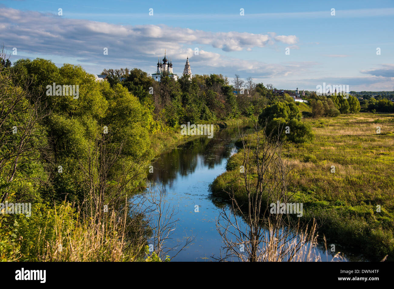 The Kamenka River flowing through Suzdal, Golden Ring, Russia, Europe - Stock Image