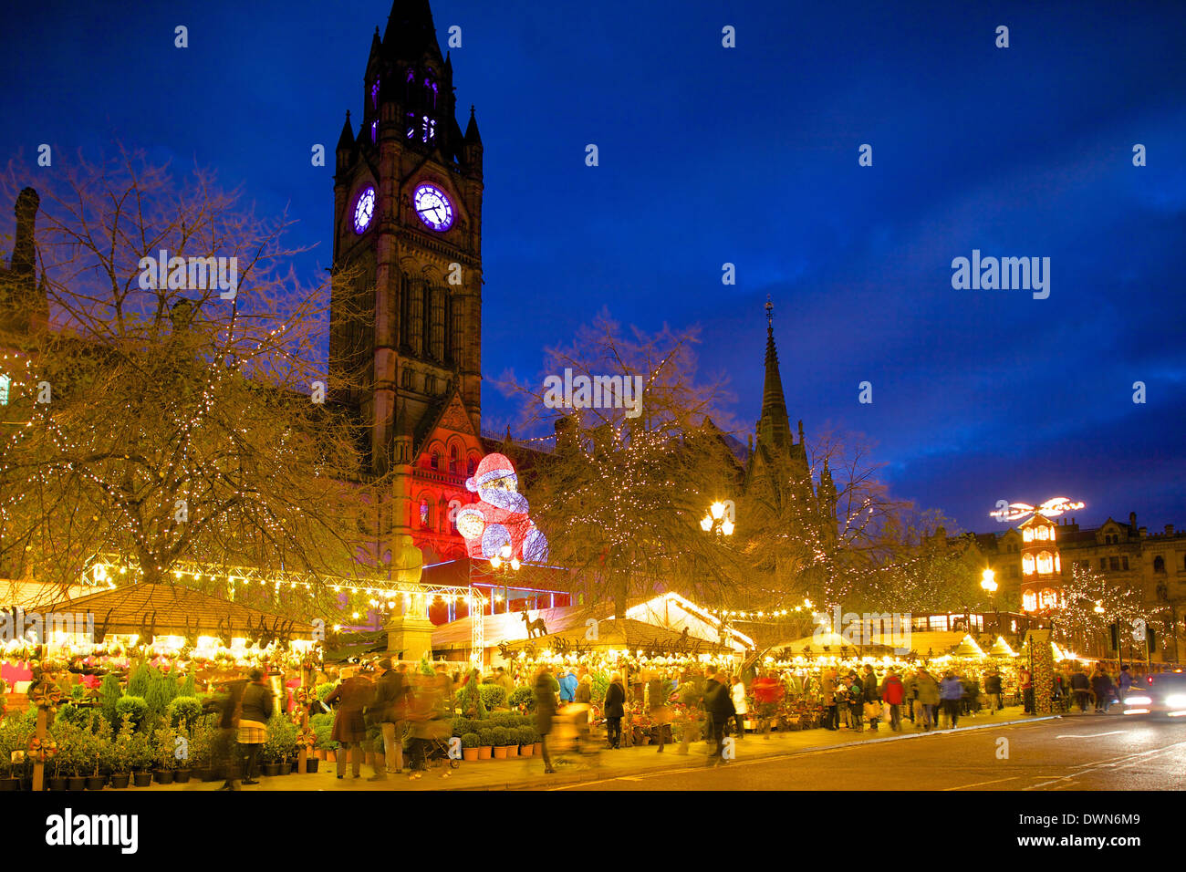 Christmas Market and Town Hall, Albert Square, Manchester, England, United Kingdom, Europe - Stock Image