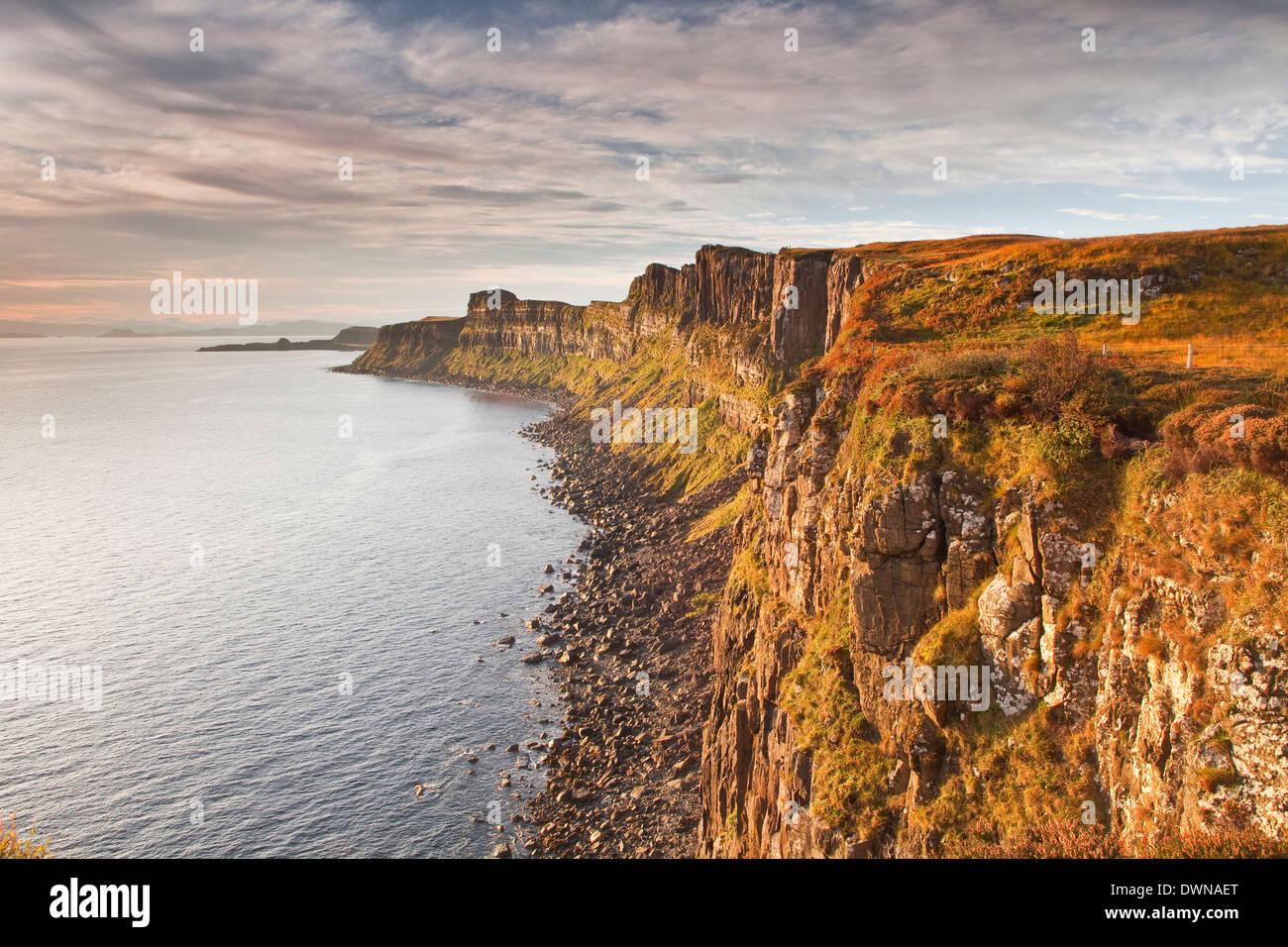 Basaltic cliffs facing onto Raasay Sound, east coast of Skye, Trotternish, Isle of Skye, Inner Hebrides, Scotland, UK - Stock Image