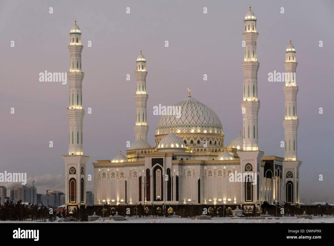 Nur-Astana Mosque at dusk, Astana, Kazakhstan - Stock Image