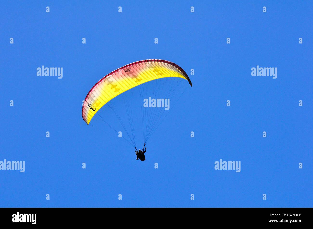 Paragliders at the Puy-de-Dôme volcano, Puy-de-Dôme, France Stock Photo
