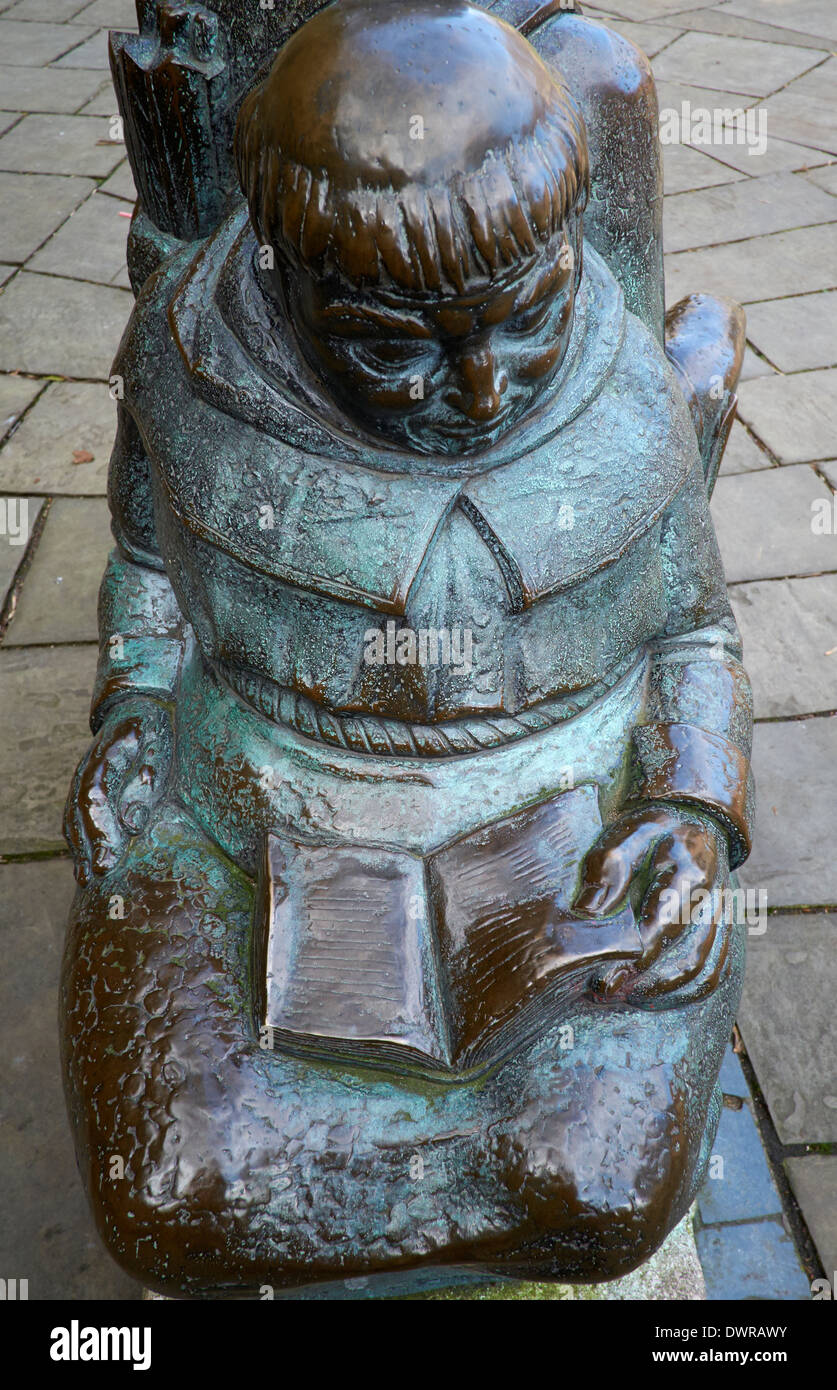 Friar Tuck Statue outside Nottingham castle england uk - Stock Image