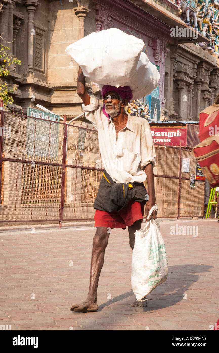 Old Man With Carrier Bag High Resolution Stock Photography And Images Alamy