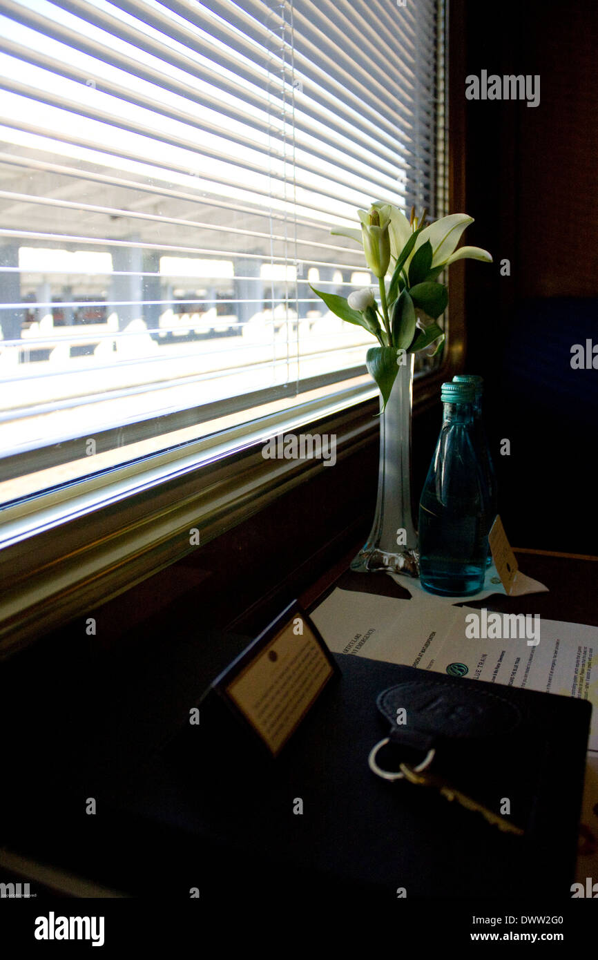 Images of the interieur of the deluxe suite onboard the Blue Train that makes for one of the most spectacular journeys in the - Stock Image