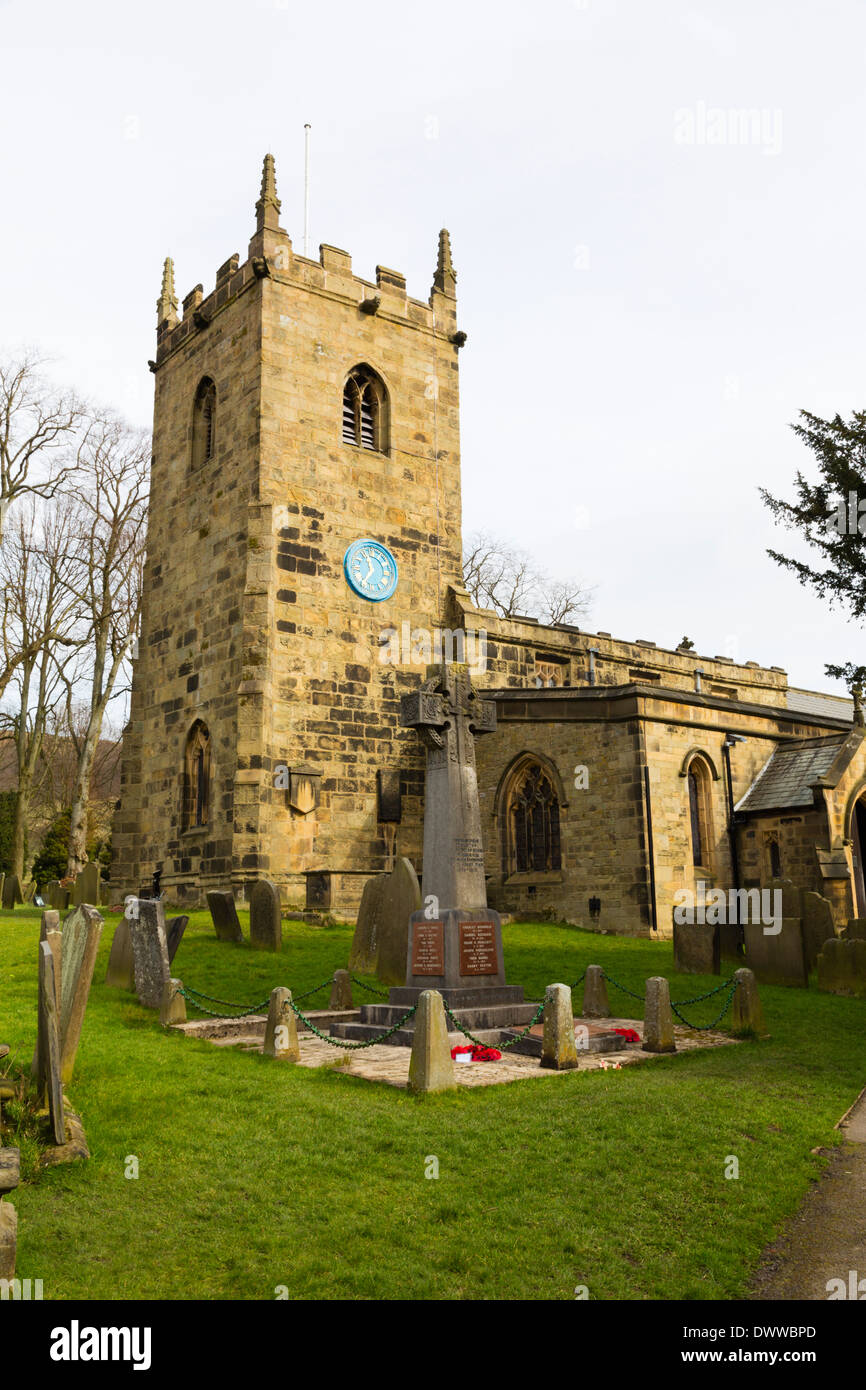 Saint Lawrence Parish Church, plague village of Eyam, Peak District, Derbyshire - Stock Image