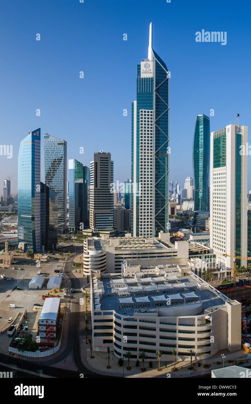 Kuwait City, Kuwait, modern city skyline and central business district, elevated view - Stock Image