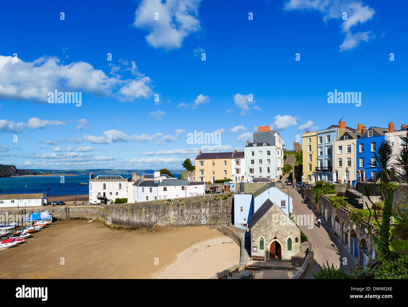 View over the harbour at low tide, Tenby, Carmarthen Bay, Pembrokeshire, Wales, UK - Stock Image