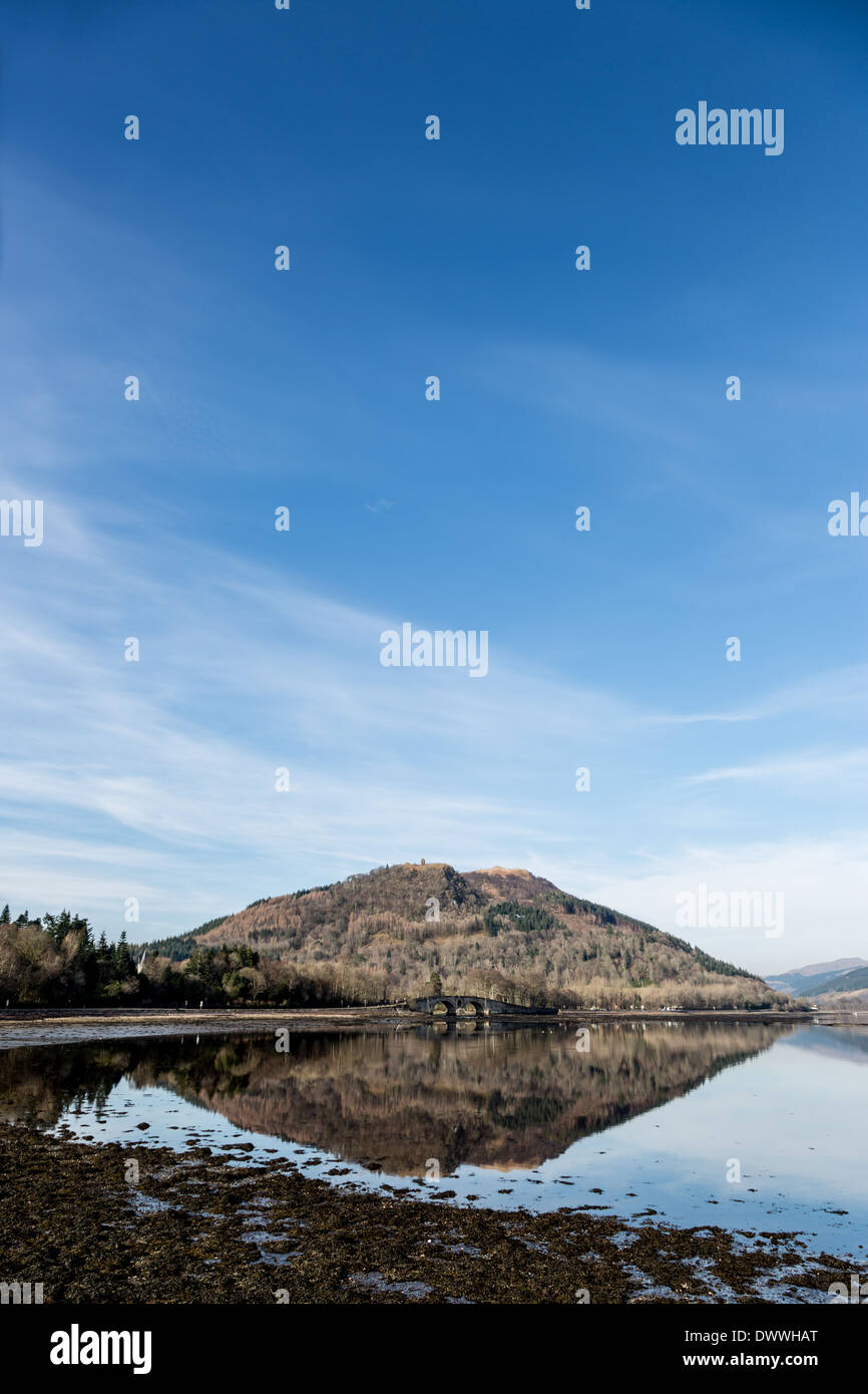 Dun Corr Bhile hill with Inverary Bridge in front of it. Situated on Loch Fyne, Scotland. - Stock Image