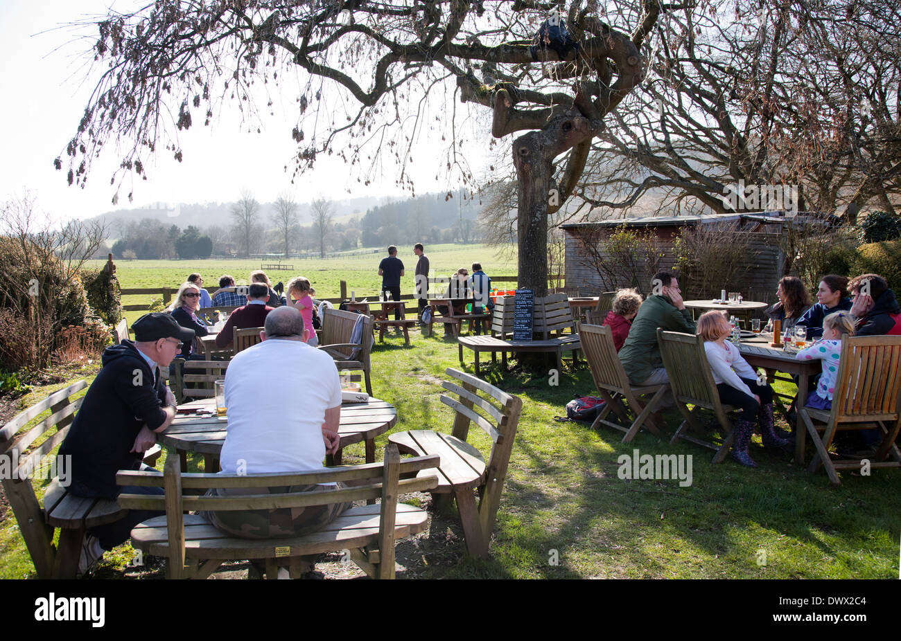 Locals at The Frog Free House and Restaurant Garden in Skirmett - Buckinghamshire - UK - Stock Image