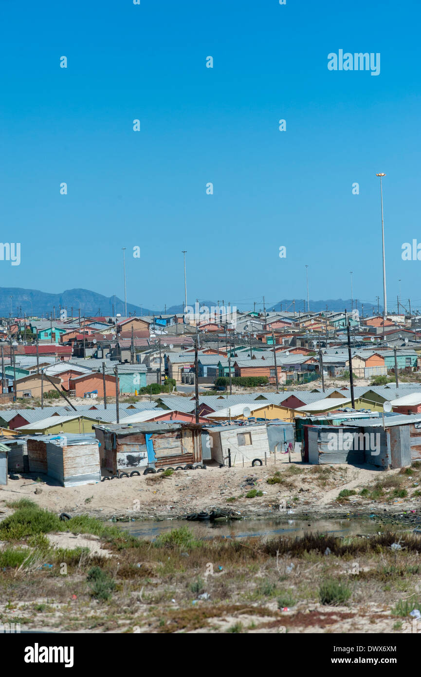 Corrugated-iron huts in Khayelitsha, Cape Town, Western Cape, South Africa - Stock Image