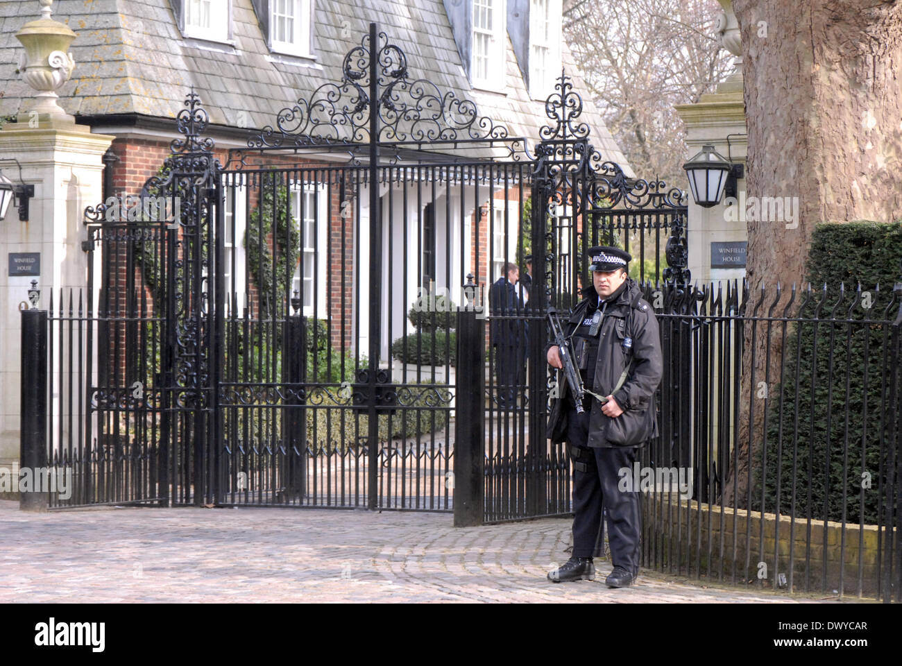 London, UK . 14th Mar, 2014. John Kerry and Sergei Lavrov meet at the American Ambassadors House Winfield House in Regents Park London 14/03/2014 Credit:  JOHNNY ARMSTEAD/Alamy Live News - Stock Image