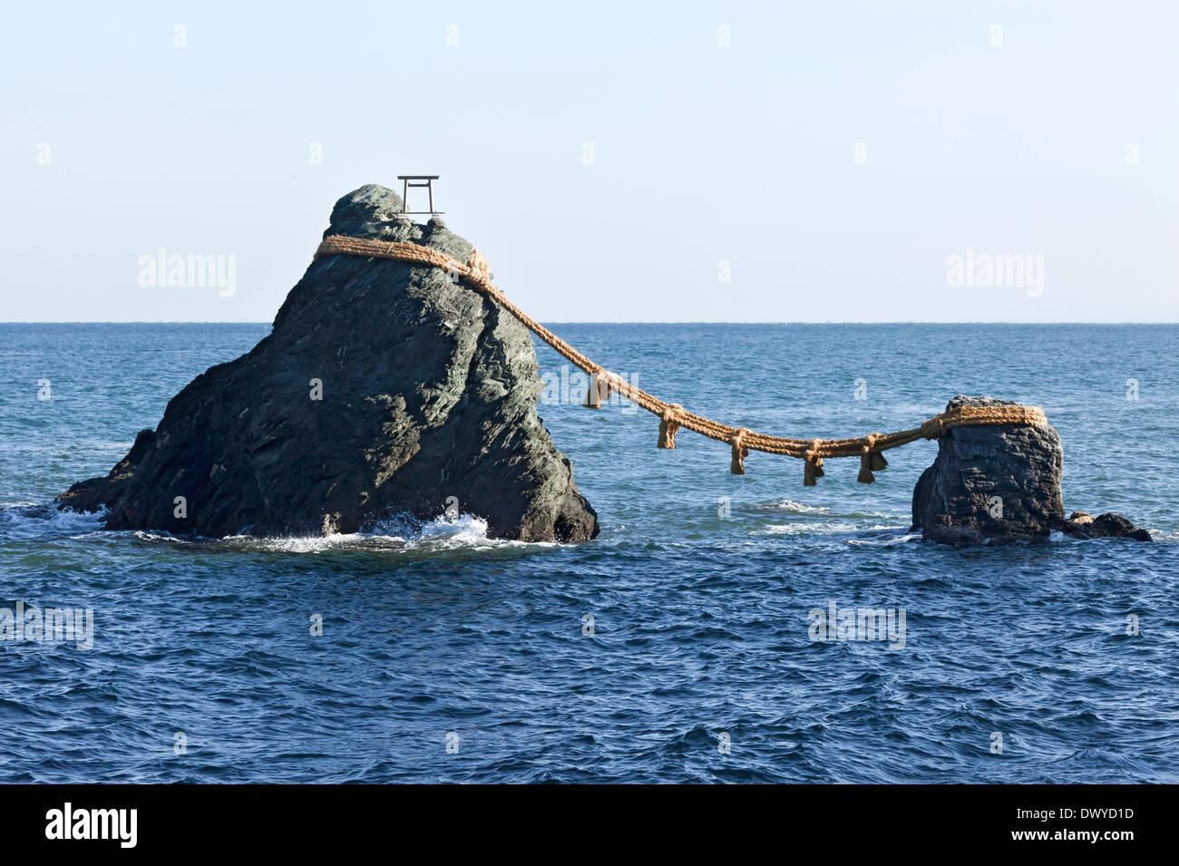 Meoto Iwa (Wedded rocks), Ise, Mie Prefecture, Japan - Stock Image
