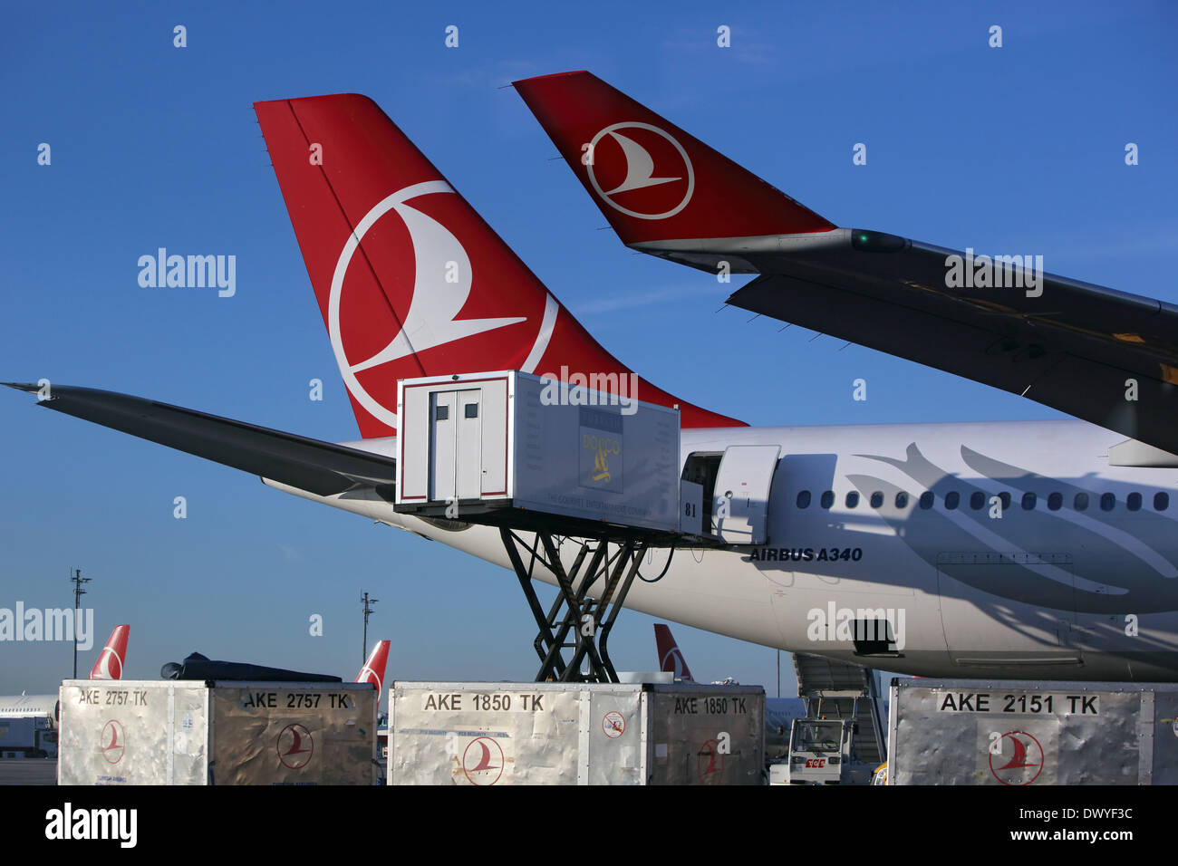 Airline Catering Stock Photos & Airline Catering Stock Images - Alamy