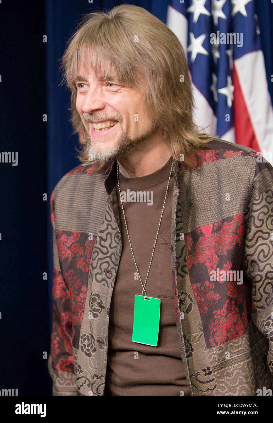 Kermit the Frog puppeteer, Steve Whitmire, welcomes military families to a movie screening of the new Muppets movie, 'Muppets Most Wanted', at the White House March 12, 2014 in Washington, DC. - Stock Image