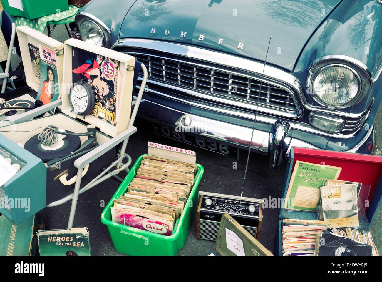 London, UK. 15th Mar, 2014. Classic car boot sale, South Bank London ...
