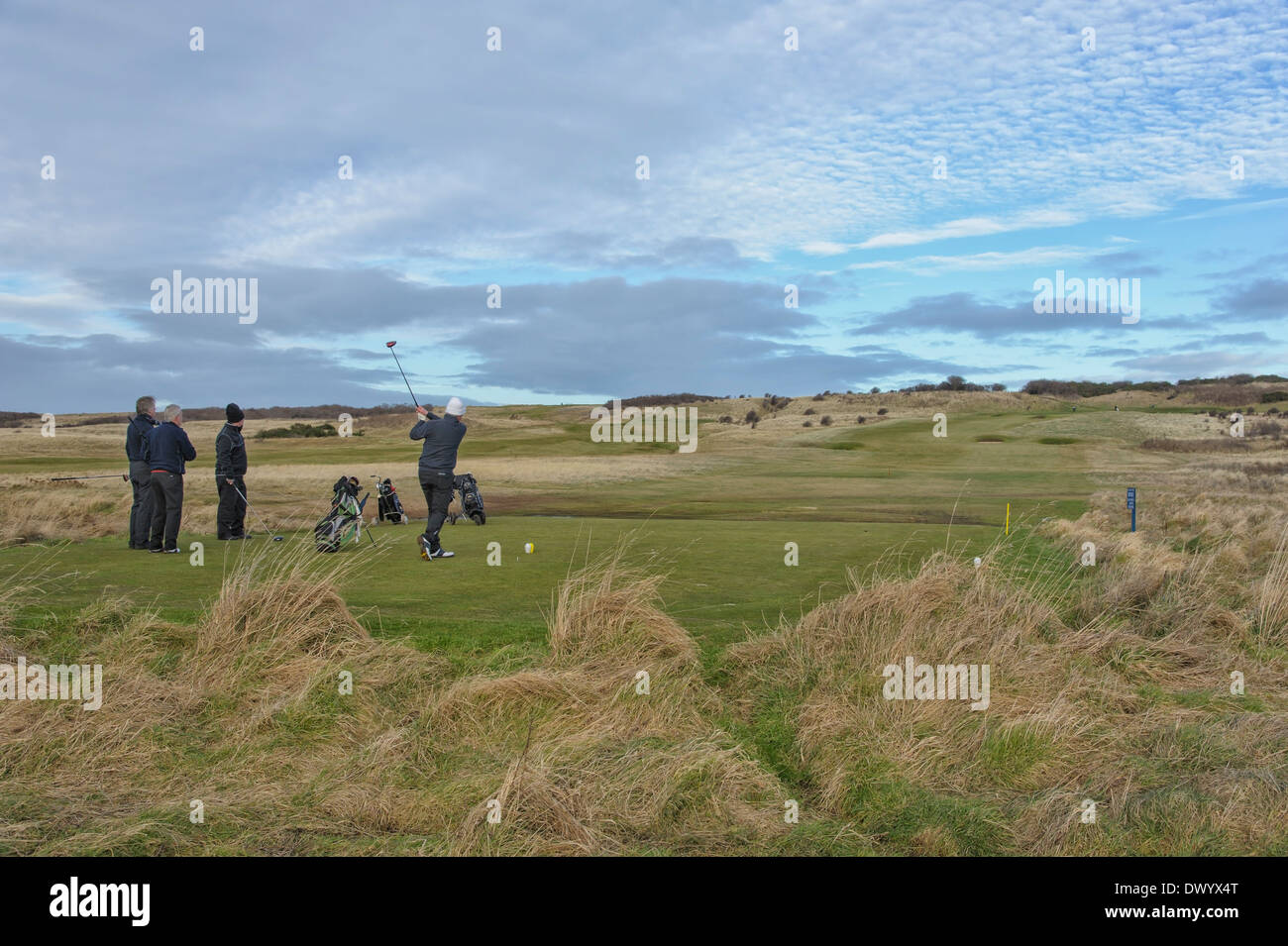 People playing golf at Luffness links course at Gullane, East Lothian, Scotland. - Stock Image