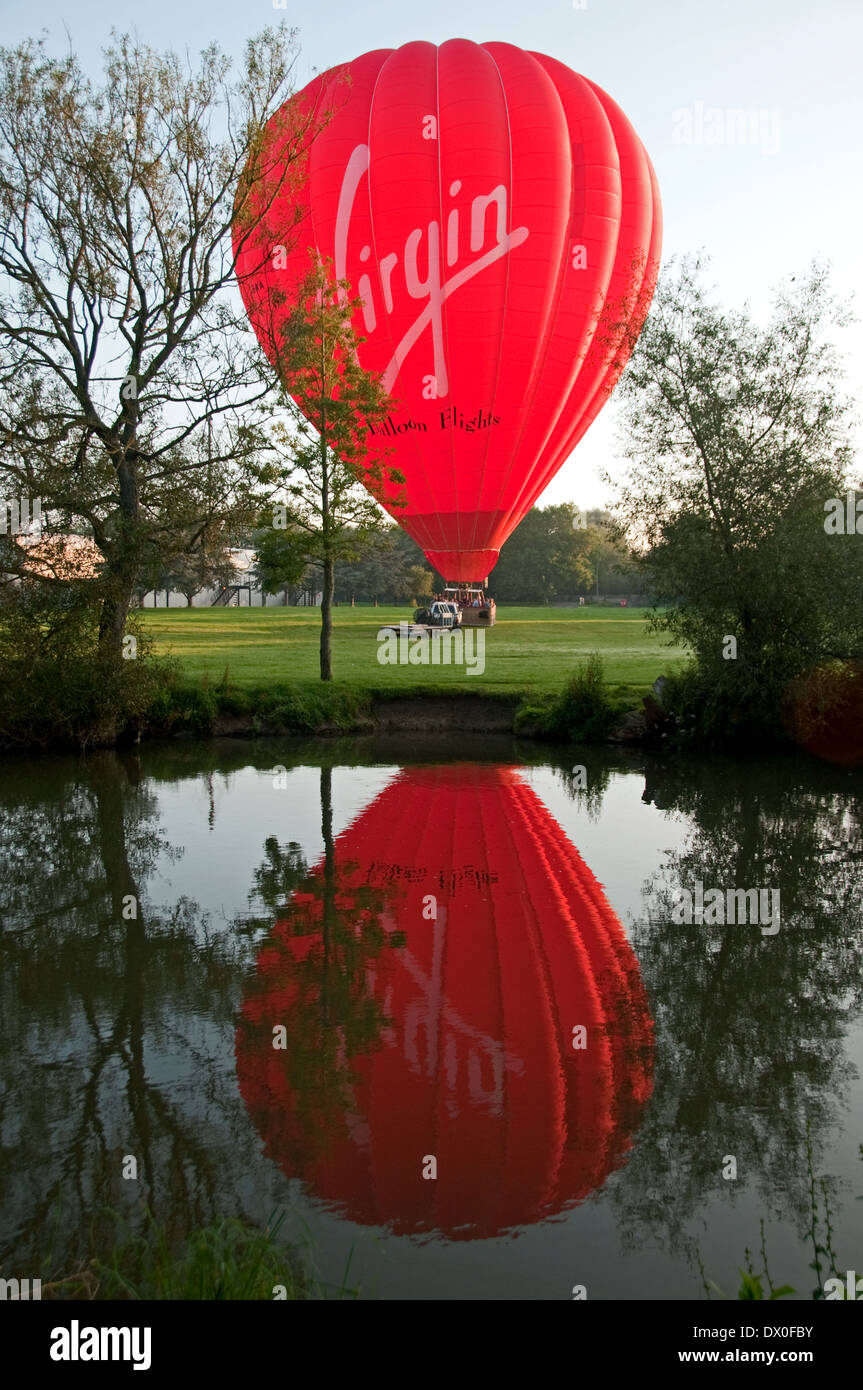 Hot Air Balloon preparing for ascent - Stock Image