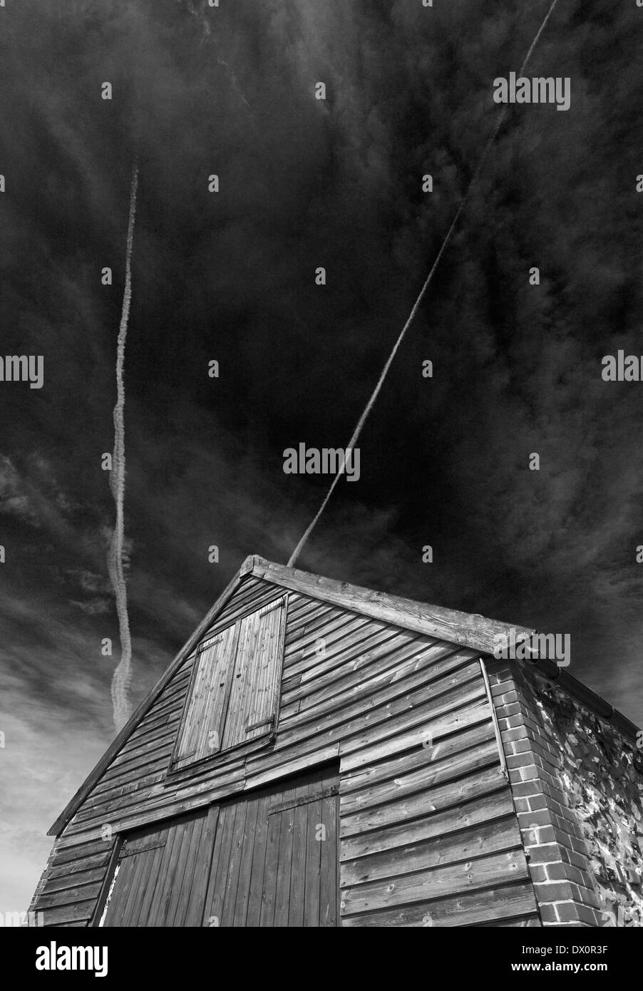 Coal Barn at Thornham on the Norfolk coast against the sky. - Stock Image