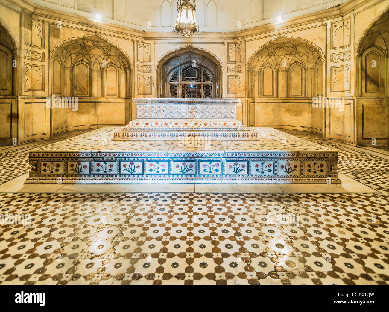 Jahangir's Tomb interior Lahore Pakistan - Stock Image