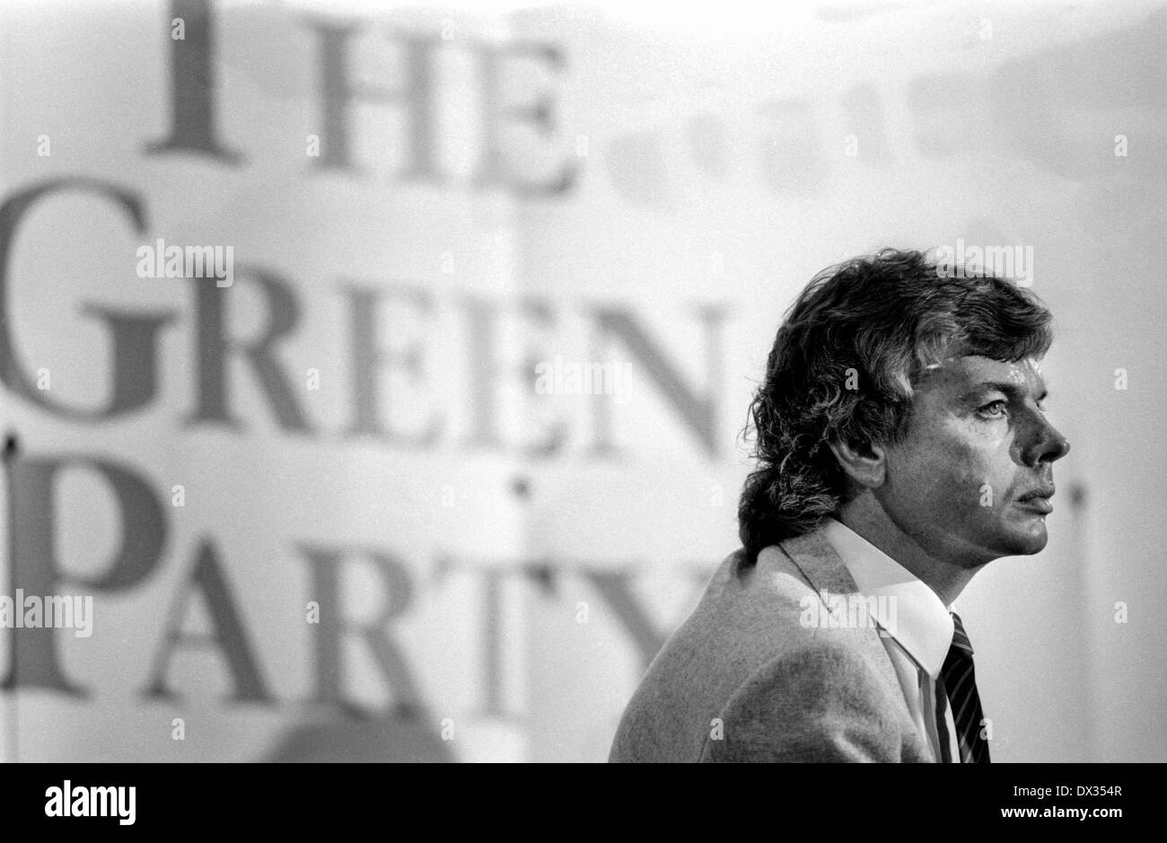 David Icke at a Green Party conference at the Wolverhampton Civic Hall, England, in 1989. - Stock Image