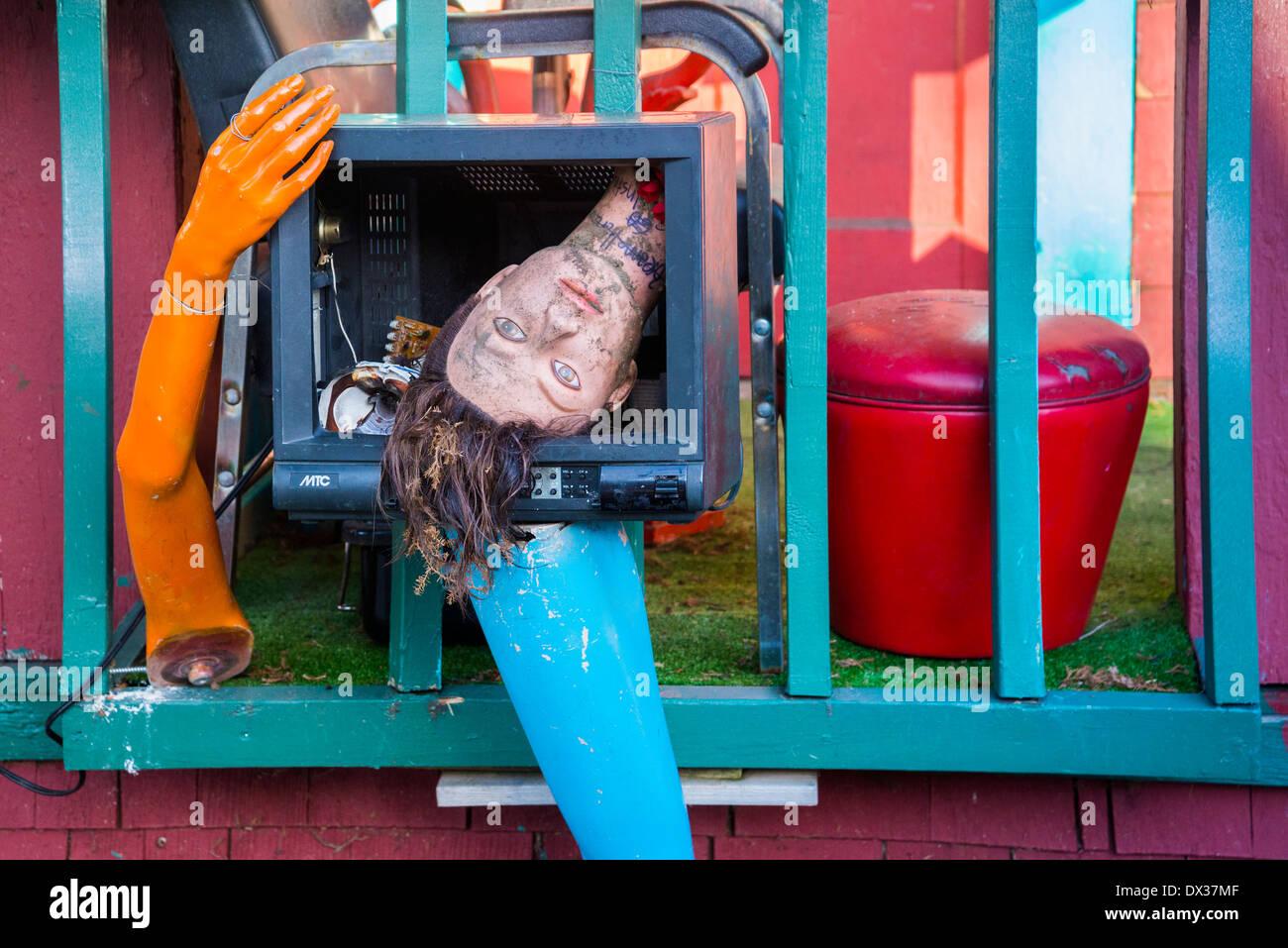 head legs mannequin macabre bizarre art - Stock Image