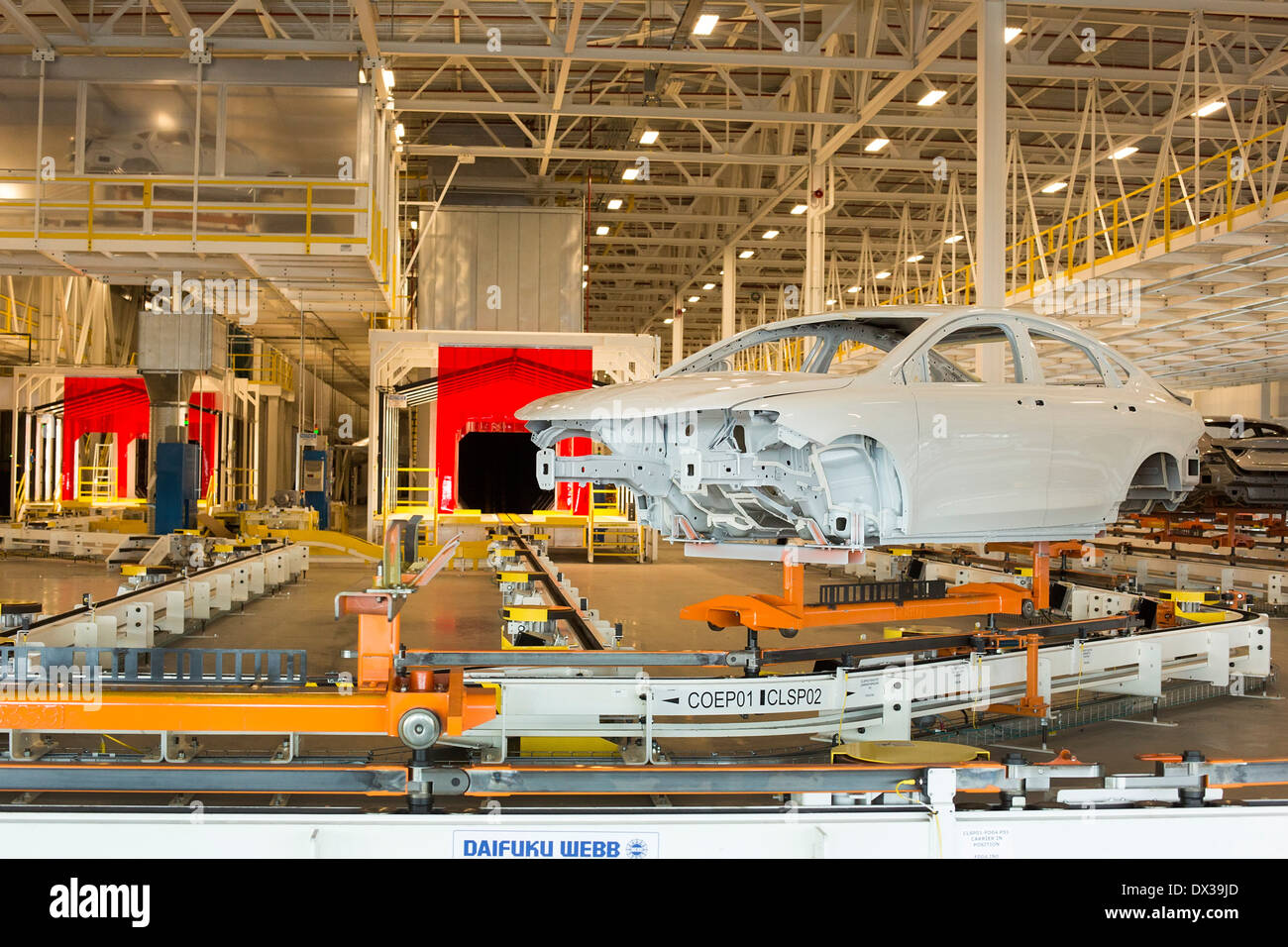 Sterling Heights Chrysler >> Sterling Heights Michigan The Chrysler 200 In The Paint Shop At