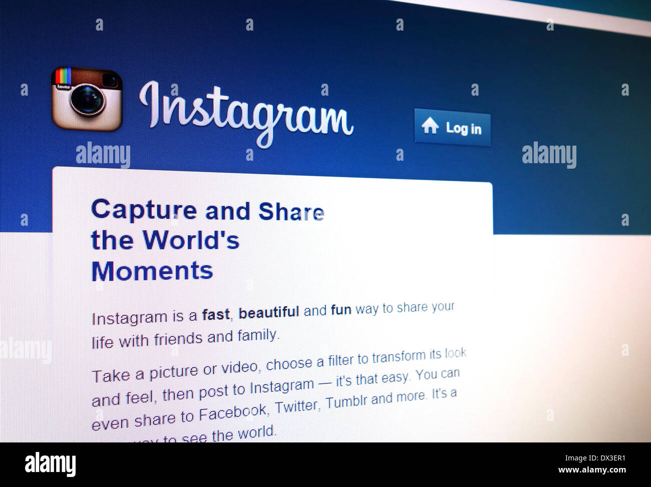 Instagram photo sharing website - Stock Image