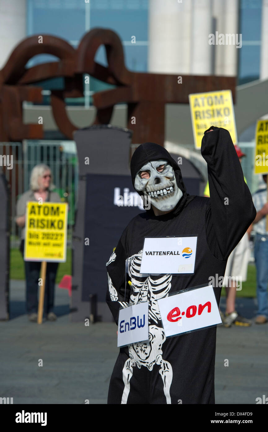 Anti-nuclear protest - Stock Image