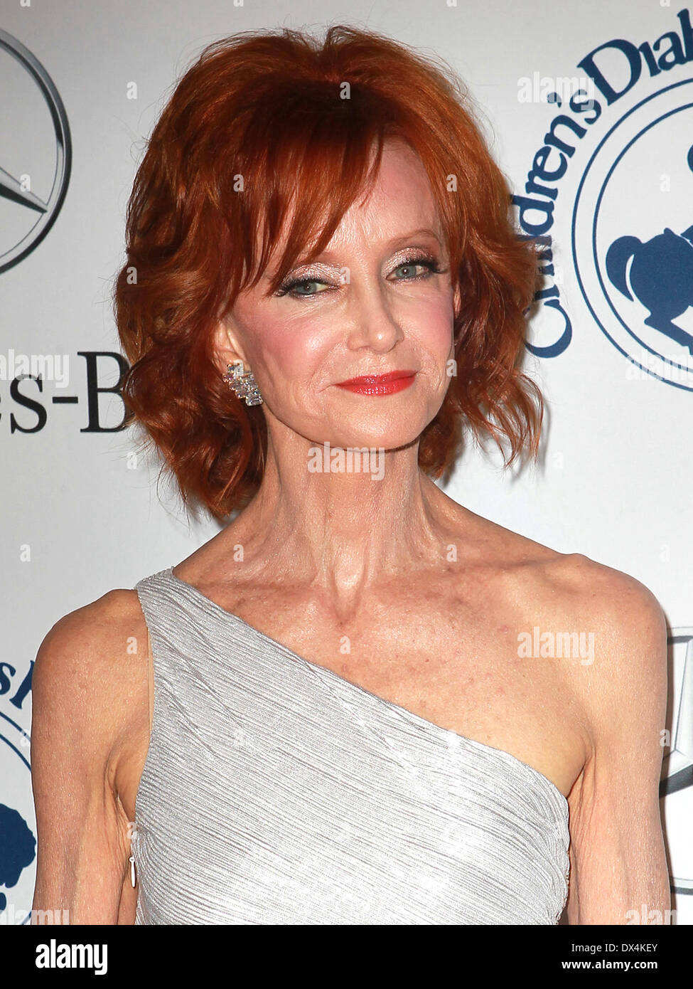 Swoosie Kurtz weight